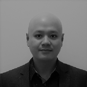 the-international-spine-centre-dr-boon-tan-BW